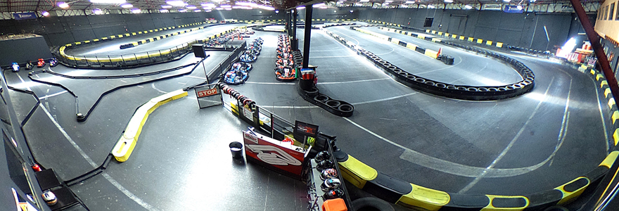 Circuit de kart indoor à Toulouse